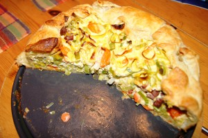 Quiche with leek and carrots